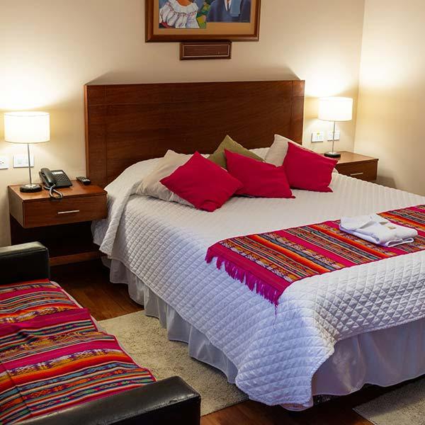 hoteles-ecuador-otavalo-hotel-el-indio-inn-habitacion-junior-suite